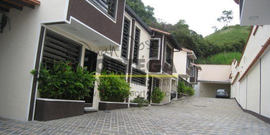 Townhouses en Mérida, Urb. la Mata.