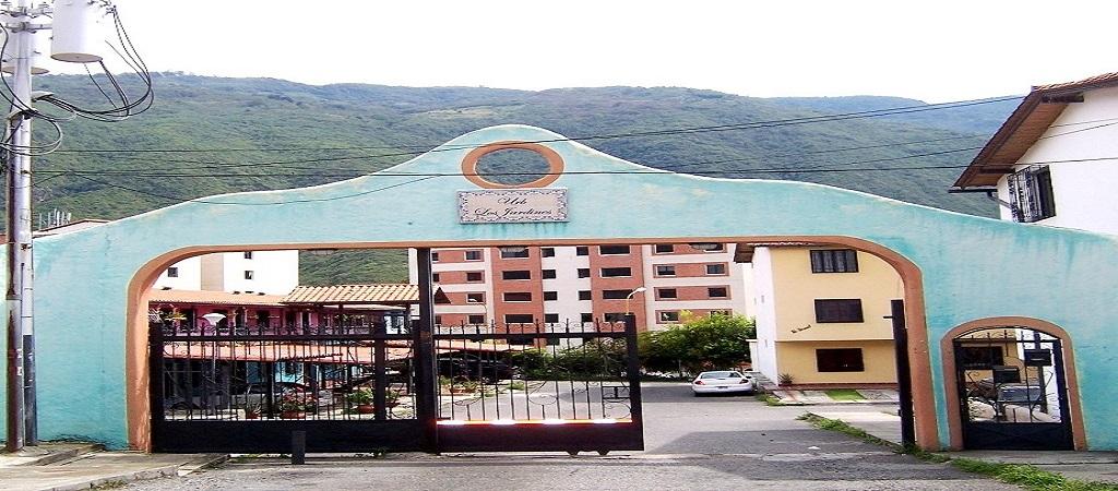 Apartamento En Mérida, Av. Centenario, Residencias Los Jardines.
